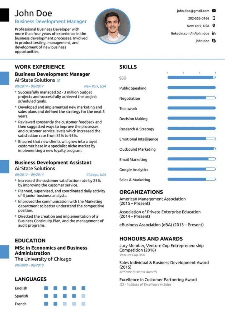 Un exemplu de CV de pe NovoResume care folosește bare de skill-uri pentru a le scoate în evidență vizual